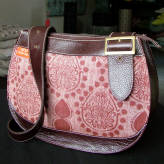saddle bag with brown leather - fusion floral - burgundy on claret